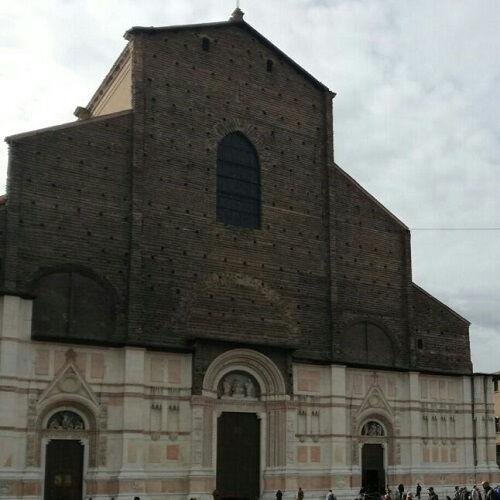 Bologna, il diavolo e le leggende