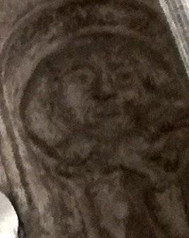 uomo stetocefalo presso il Duomo di Ferrara